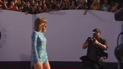 Taylor Swift - Interview - MTV Video Music Awards 2014-08-24 Red Carpet [1080i] HDTV