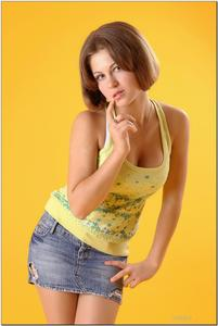 http://img246.imagevenue.com/loc175/th_279237881_tduid300163_sandrinya_model_denimmini_teenmodeling_tv_123_122_175lo.jpg