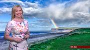 carol kirkwood bbc one weather 29 03 2018  full hd Th_621546929_001_122_175lo