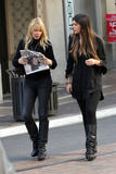 th_24824_celebrity-paradise.com-The_Elder-Brittny_Gastineau_2010-02-01_-_out_shopping_in_Hollywood_720_122_2lo.jpg