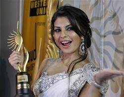 Жаклин Фернандес, фото 56. Jacqueline Fernandez 11th Annual International Indian Film Academy (IIFA) Awards at Sugathadasa Stadium in Colombo, Sri Lanka on June 5, 2010 - MQ/LQ, foto 56