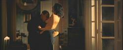 A man brutally raping topless Monica Bellucci!! - DOLCE&GABBANA - Sicily Ads 2000 Foto 1608 (Человек жестоких изнасилований топлес Моника Беллуччи! - DOLCE & Gabbana - Сицилия Объявления 2000 Фото 1608)