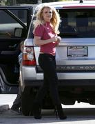 Бритни Спирс, фото 15590. Britney Spears - booty in jeans at a bowling alley in California 01/29/12, foto 15590